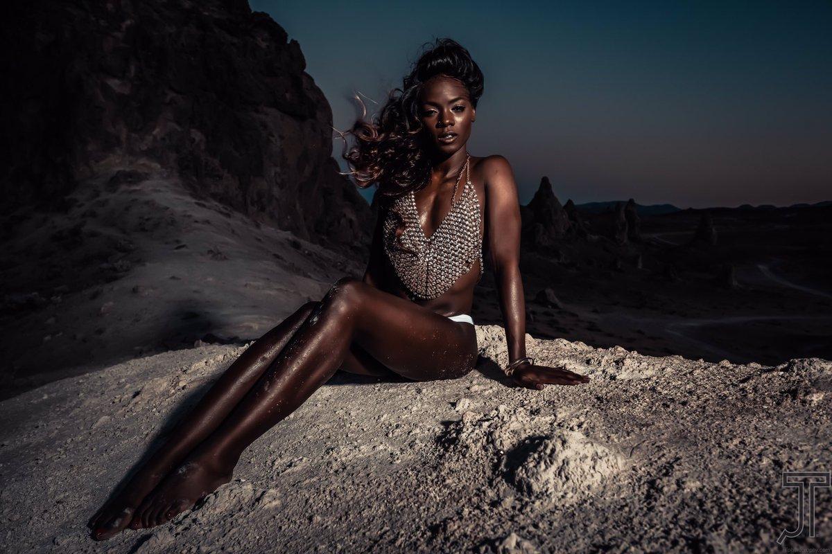 Naughty ebony pornstar Tatiyana Foxx uncovering her fuckable body № 38413 загрузить