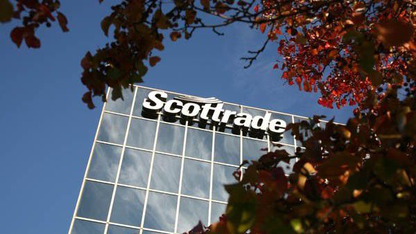 TD Ameritrade closes on purchase of Scottrade, up to 1,000 job cuts planned
