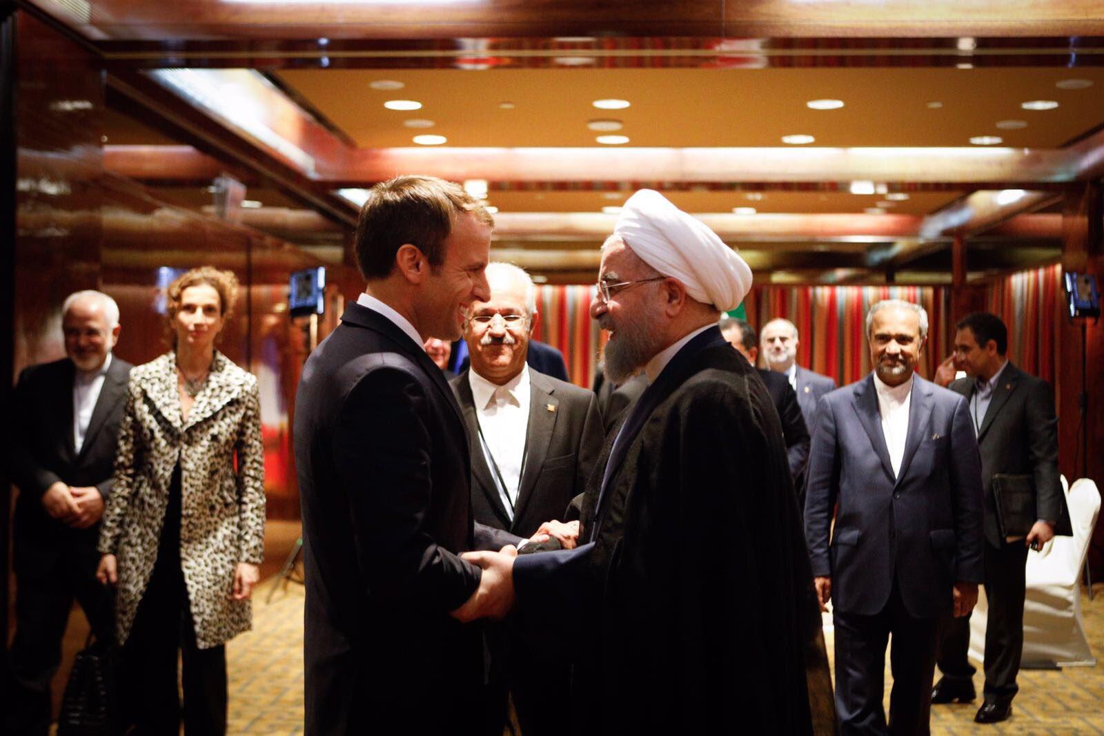 Échange substantiel et exigeant avec le Président iranien @HassanRouhani. https://t.co/8COeMqxfpW