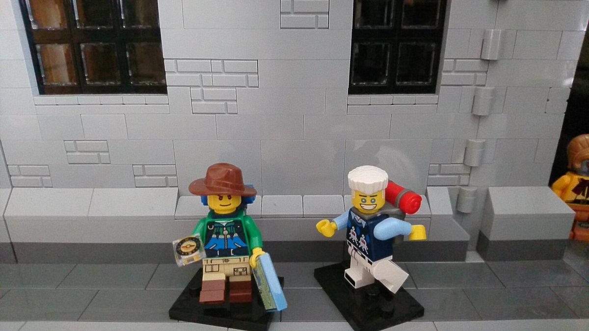 ✳探検家かりぐらしでっす✳さてさて今日のミニフィグシリーズは、、!ゼン🎵前のシリーズとは違う色合いなんですね🙆❇✨個人的