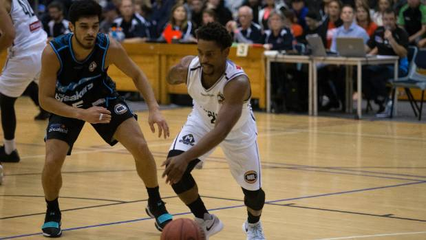 Melbourne United punish NZ Breakers in pre-season game in New Plymouth