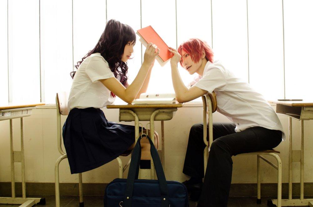 【コス】虹色デイズ/まつまり放課後の隙間。(まっつん:玖羽/まりちゃん:空羅)