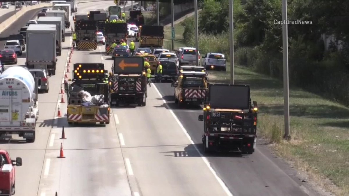 Tollway worker fatally struck by semi on I-294 ID'd
