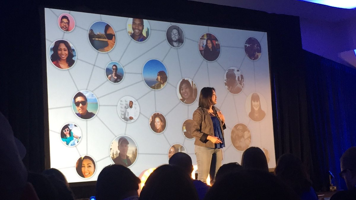 Everyone is connected! So excited to see @lindaxio speak about fostering community w/ FB! #CMXSummit https://t.co/9aS8rZDrSo