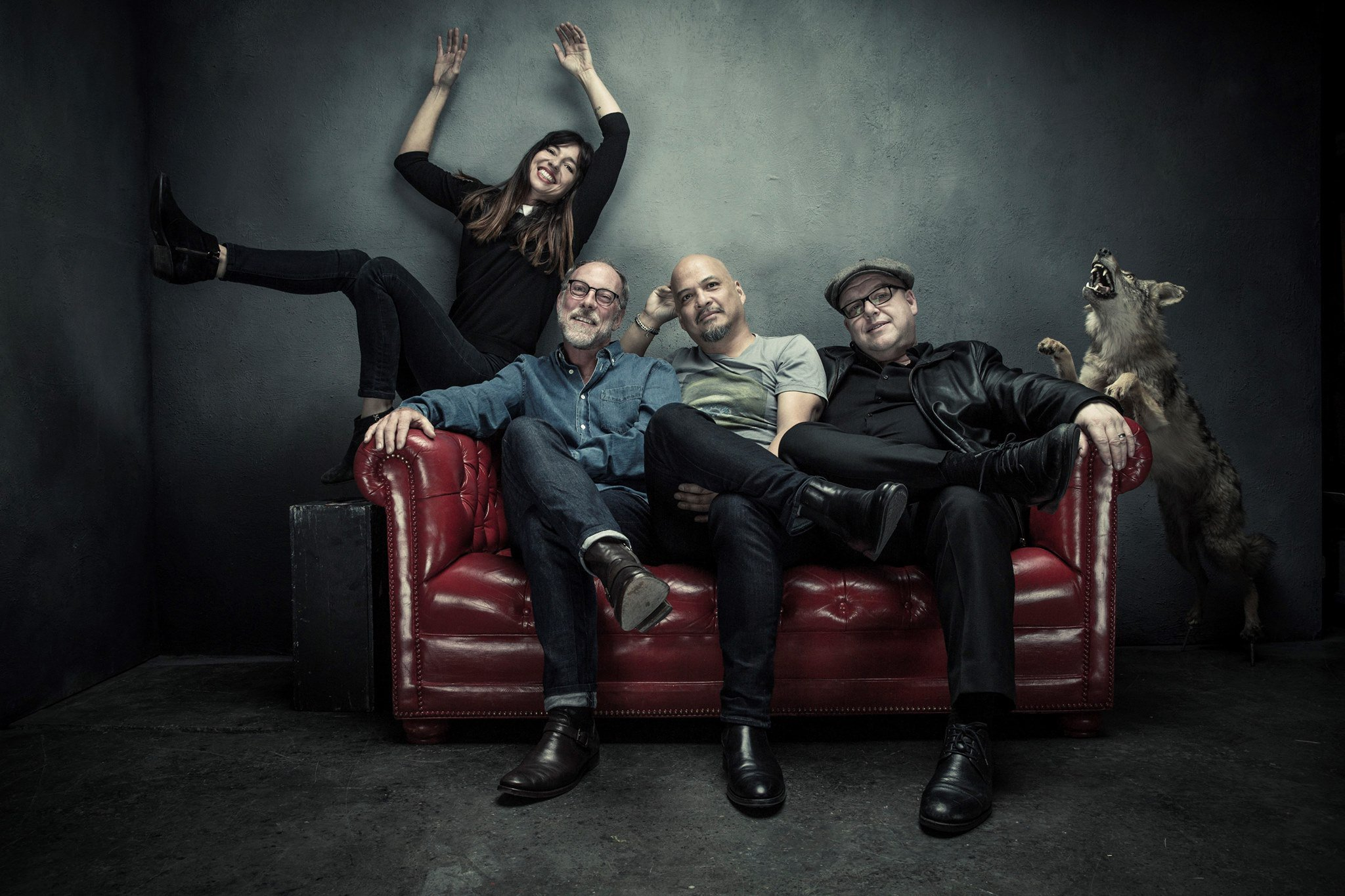 .@PIXIES are coming to @smithcollege thanks to @dspshows! Read about it at #LMNR: https://t.co/BUCh5Piet7 https://t.co/62j9qsLl2Z