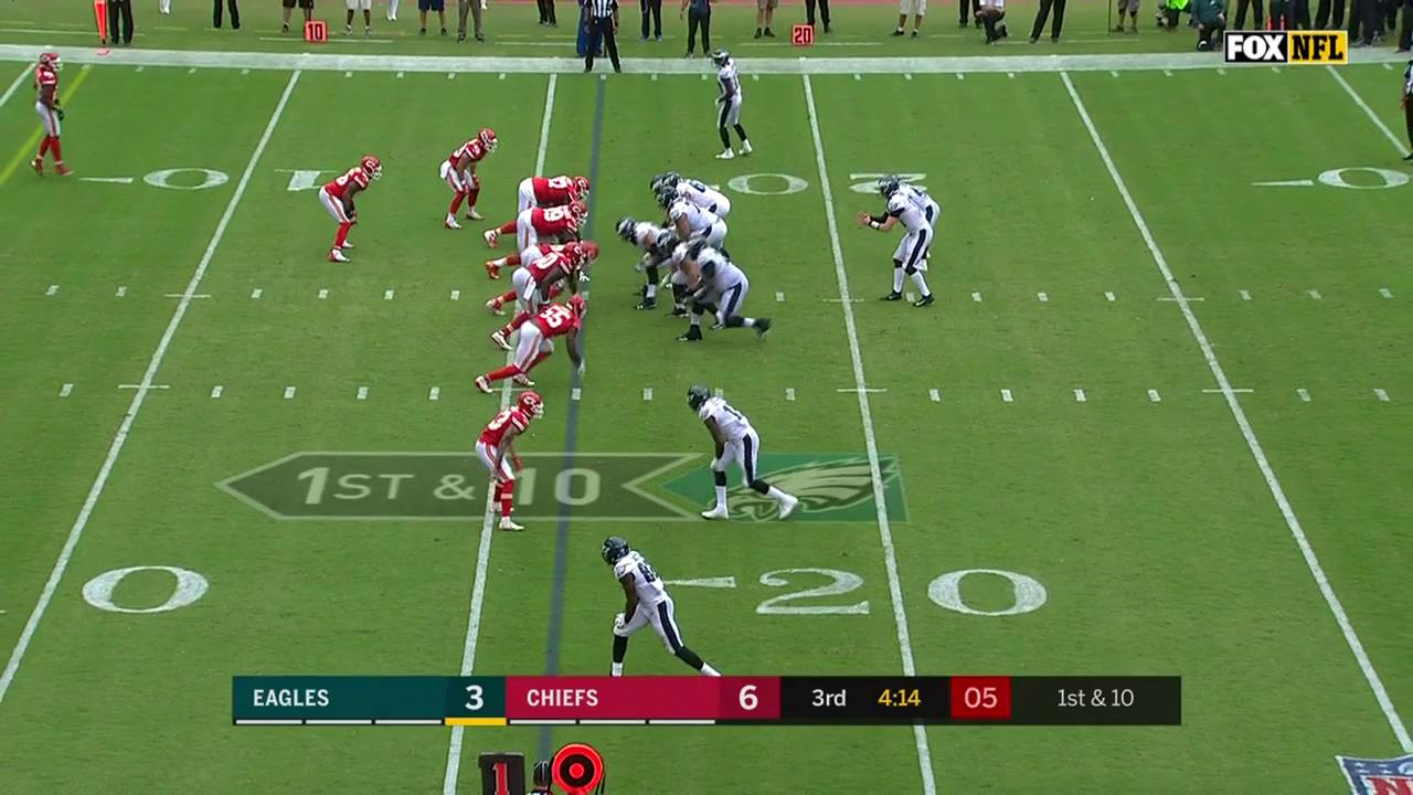 Another look: 17's first #Eagles TD. #FlyEaglesFly https://t.co/LQYpSn0Dxj