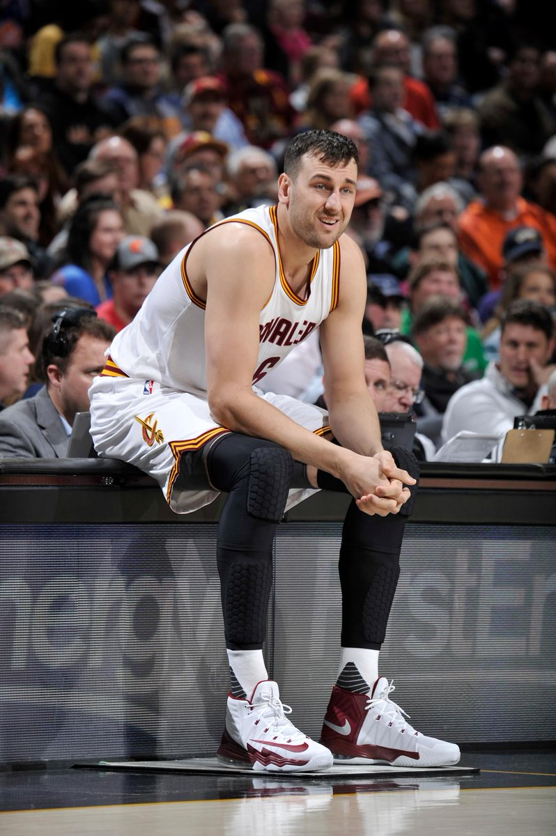 Reports Andrew Bogut agrees to one-year deal with Los Angeles LakersMORE