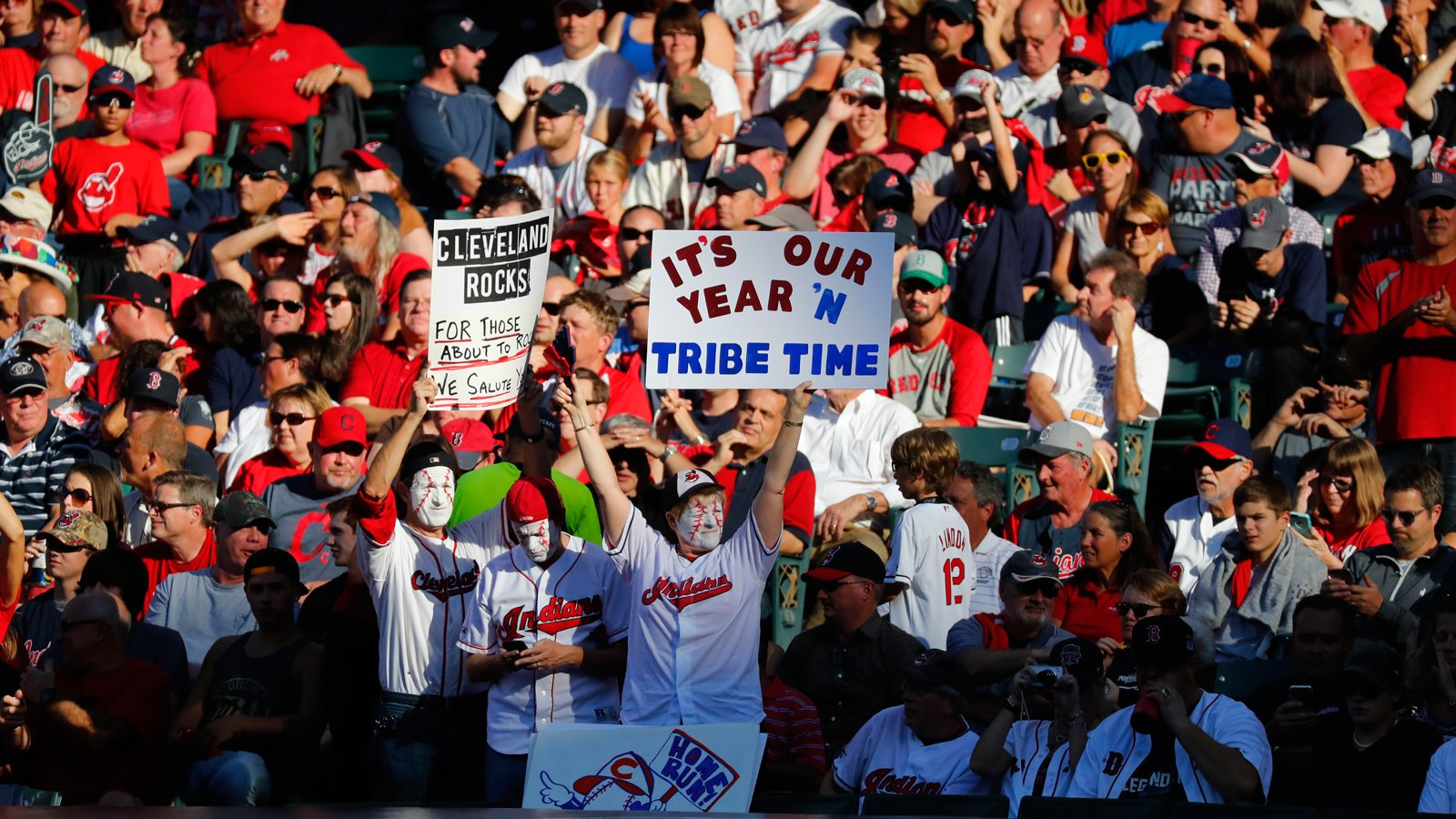 ICYMI: @Indians ALDS tickets go on sale to the public next Friday, Sept. 29 #RallyTogether https://t.co/mjBqVef2bW https://t.co/35gxTtSLVW