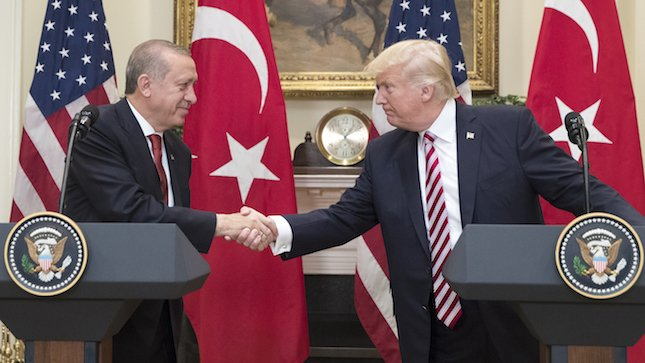 Turkish president: Trump apologized to me over Turkish bodyguards attacking protesters in DC https://t.co/jsQ6mzju0x https://t.co/oBZDmETPiT