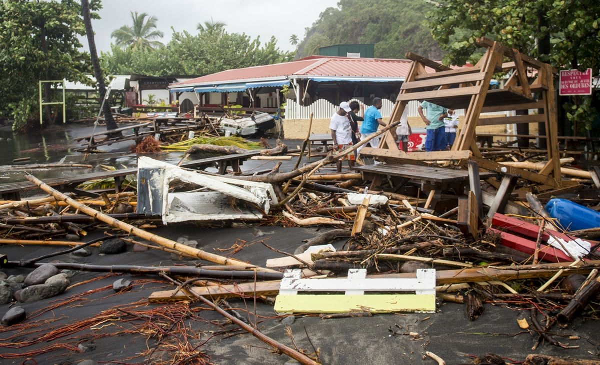 test Twitter Media - Hurricane Maria slams Dominica and takes aim at Puerto Rico https://t.co/95p40jCOlR https://t.co/1plvOvyy4u