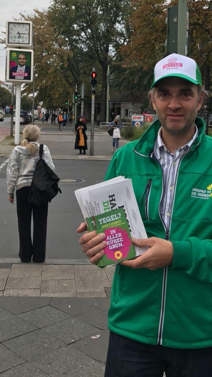 test Twitter Media - RT @BSchepke: Beim Wahlkampfstand U Seestraße schaut der Kandidat #MutluDirekt immer zu. #BTW17 https://t.co/HSAyxuzlKP