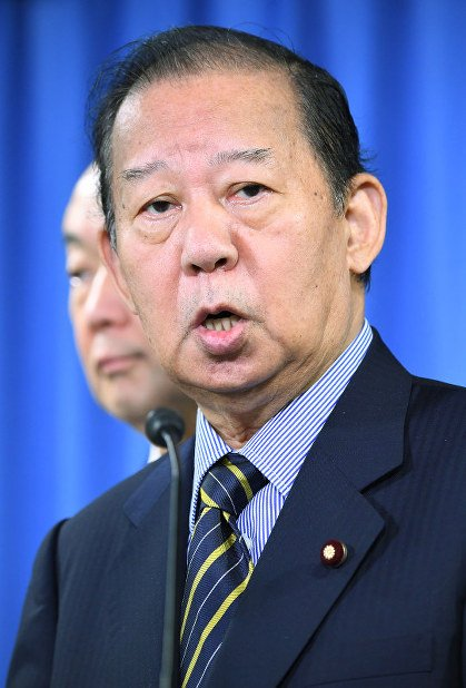 LDP secretary-general calls PM Abe's favoritism scandals 'minor issues'