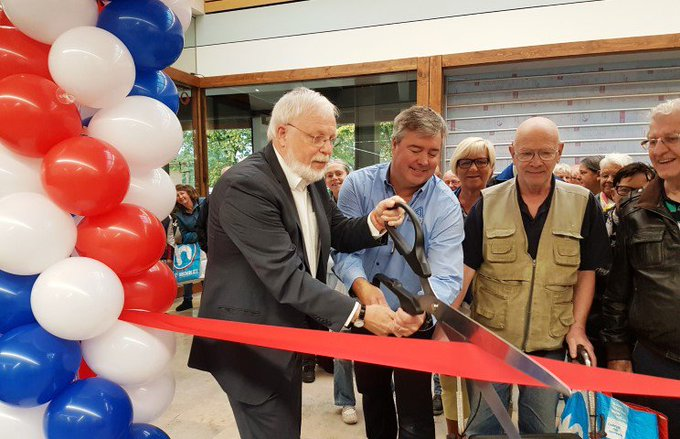 Wethouder Keijzer opent Aldi Maassluis https://t.co/CY5fZwnx6P … https://t.co/WZuPPEgiCF https://t.co/KHMeeSXVcb