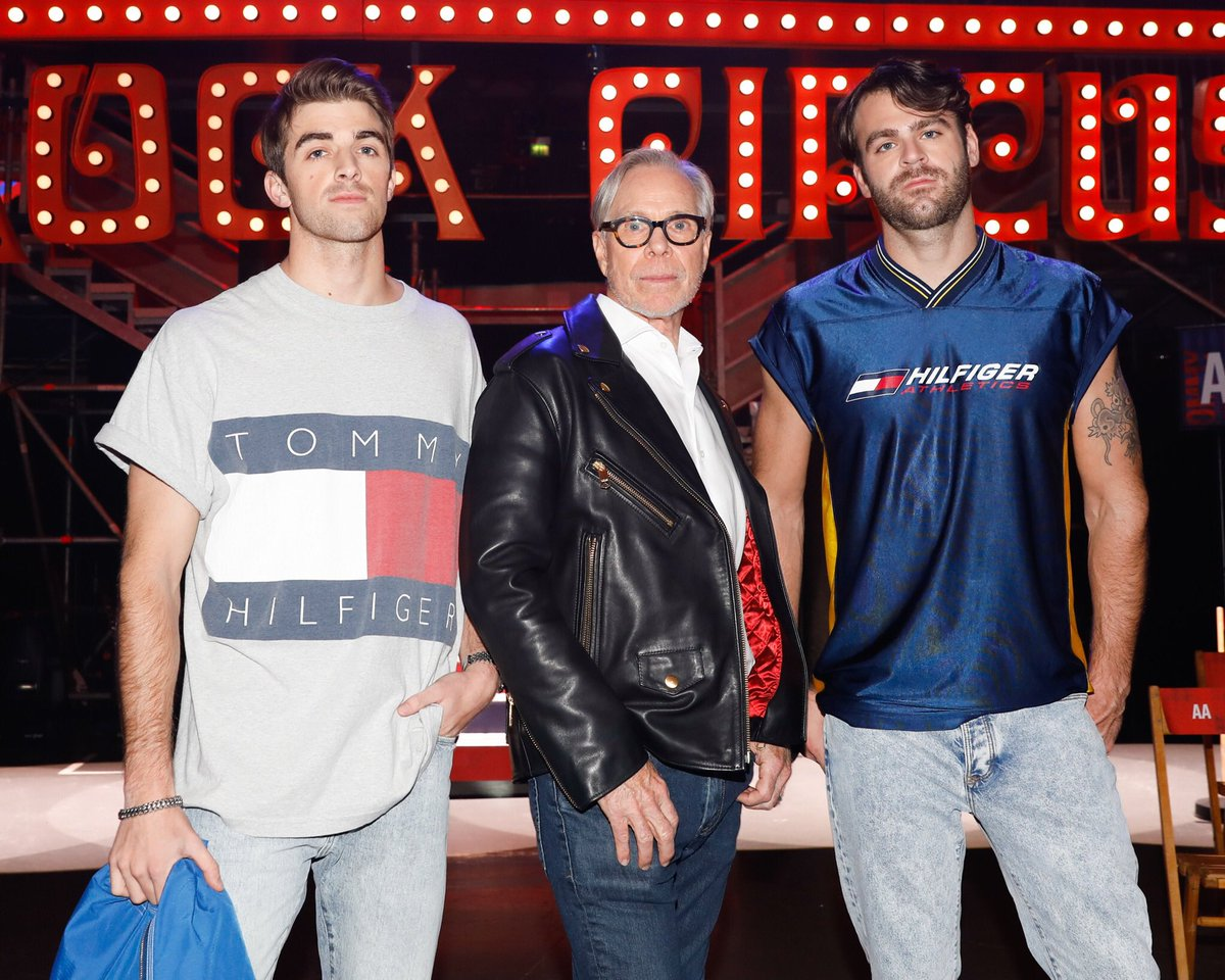 RT @TheChainsmokers: .@TommyHilfiger is a true inspiration to us. Thanks for having us at #TommyNow #LFW https://t.co/kHQHHcKqsw