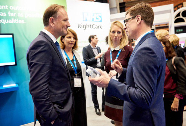 Pro shots are in!! @MarthaCoulman with Simon Stevens on the #nhsrightcare stand at expo last week. Thanks @vdjphoto https://t.co/mOl2hWbC6M