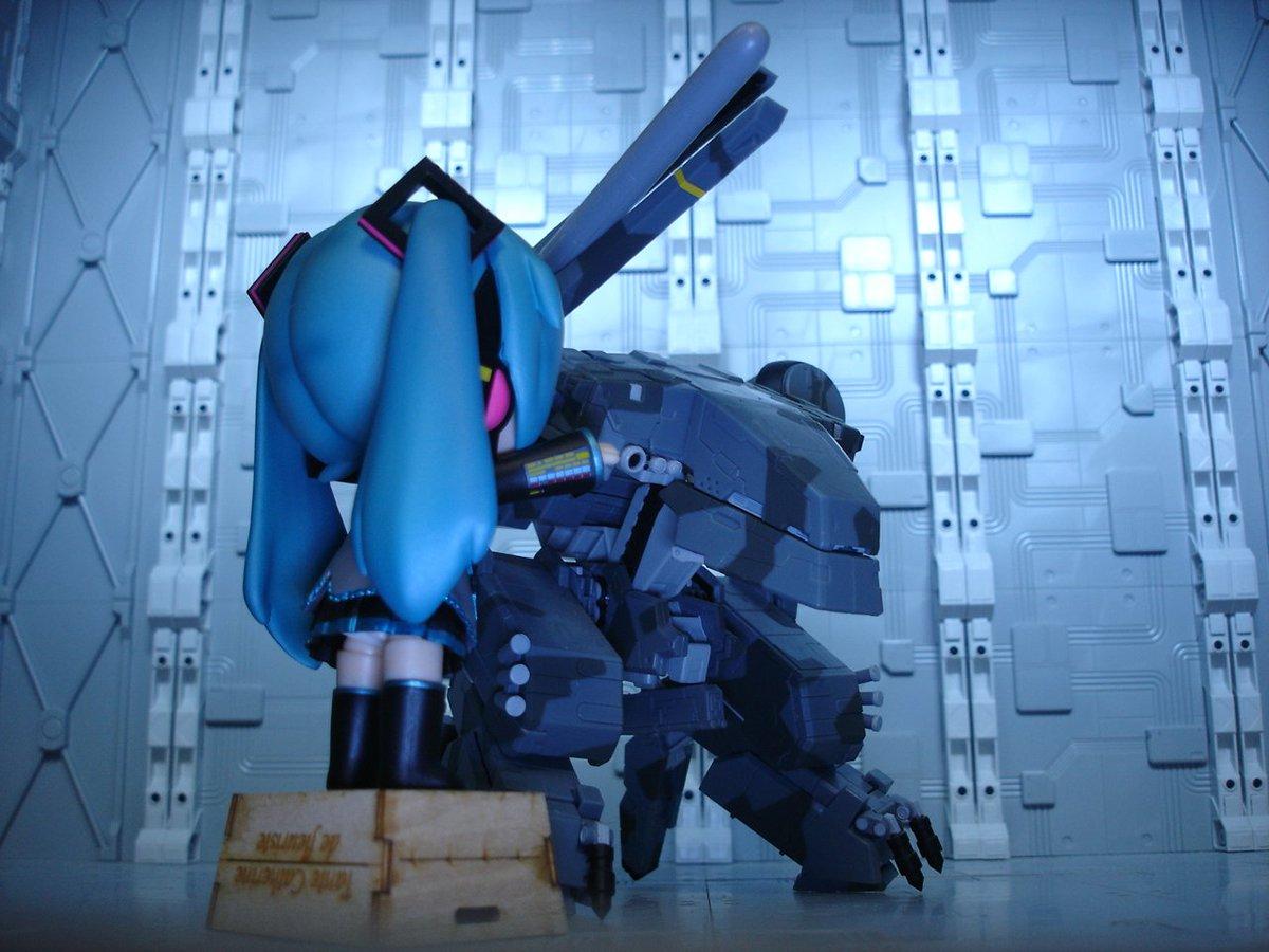 ダヨ「核弾頭をレールガンで撃ち出せばレーダーに映らないんダヨー。」スネ「やめろ。」