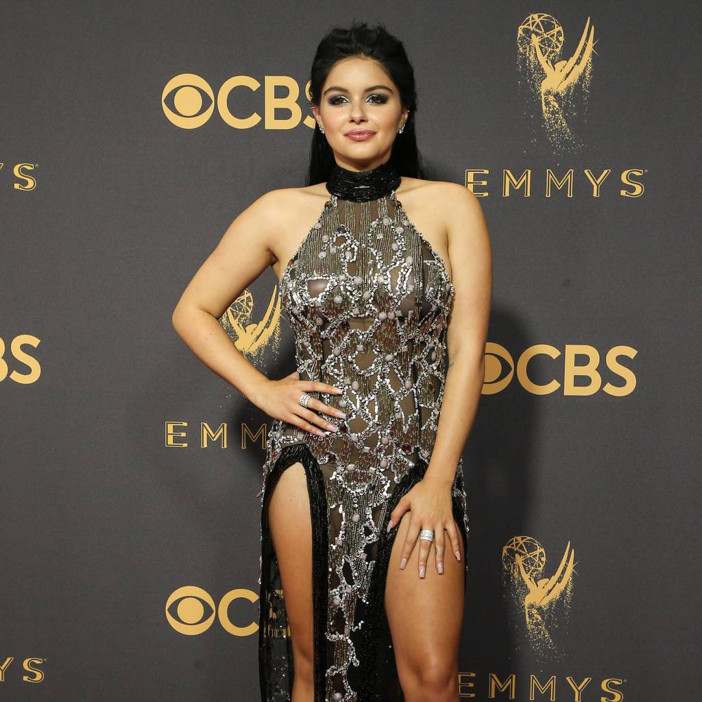 Ariel Winter's mother fears actress' provocative dressing is a 'cry forhelp' https://t.co/lvJUWRZNeR https://t.co/z36OFVRUIk