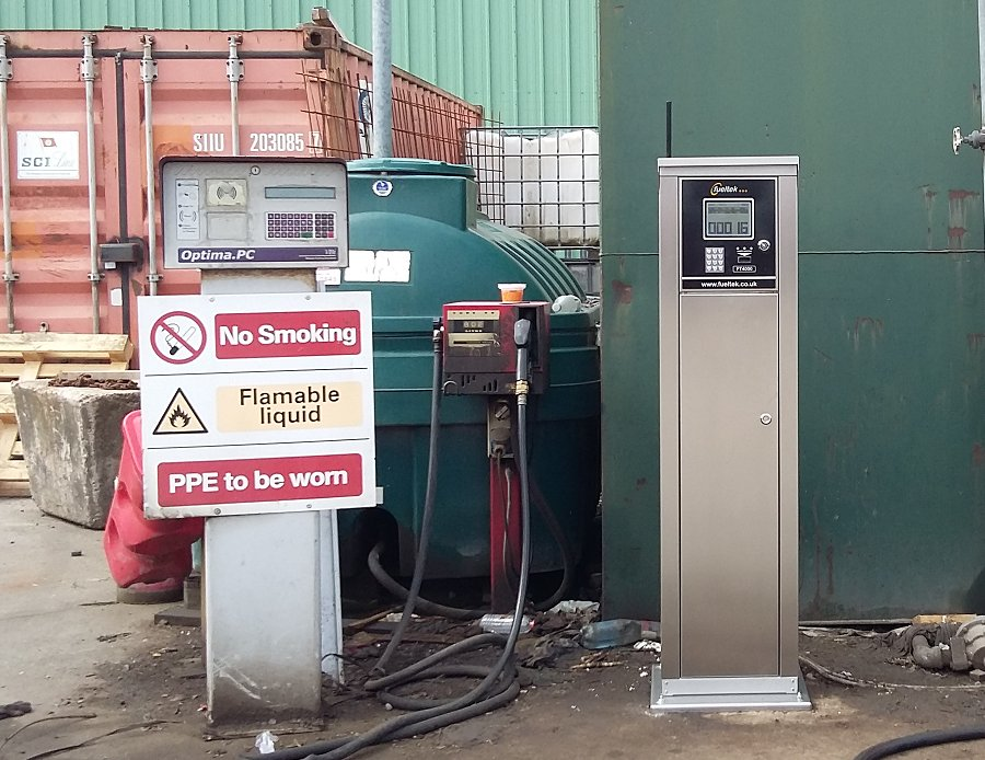 test Twitter Media - New system installed this month Fueltek FT4000 Pedestal Mount System–Stainless steel cabinet – standard keypad to c/w an existing fuel pump https://t.co/X8p6rBCEI2