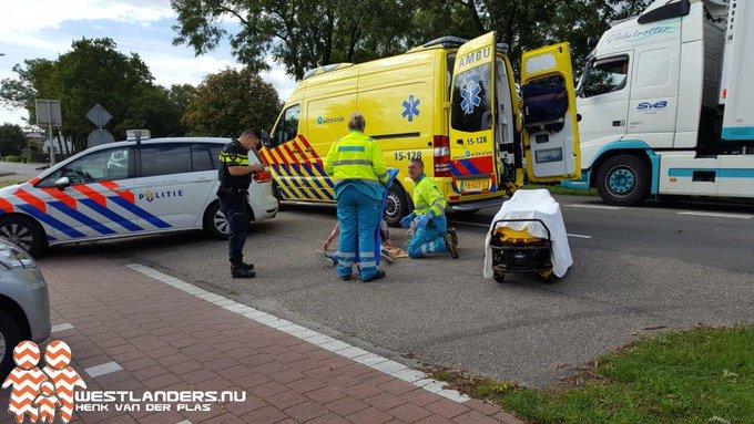Fietsster gewond bij ongeluk Middel Broekweg https://t.co/DP65Mfi3VH https://t.co/qNlUaXv7Q6