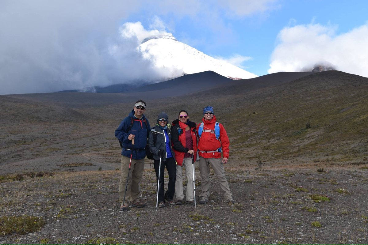 test Twitter Media - Hermosa caminanta de altura alrededor del Morurco a los pies del Cotopaxi. Segunda salida del Adventure Summits @TatooAdventureG https://t.co/F5sbIgnXxY