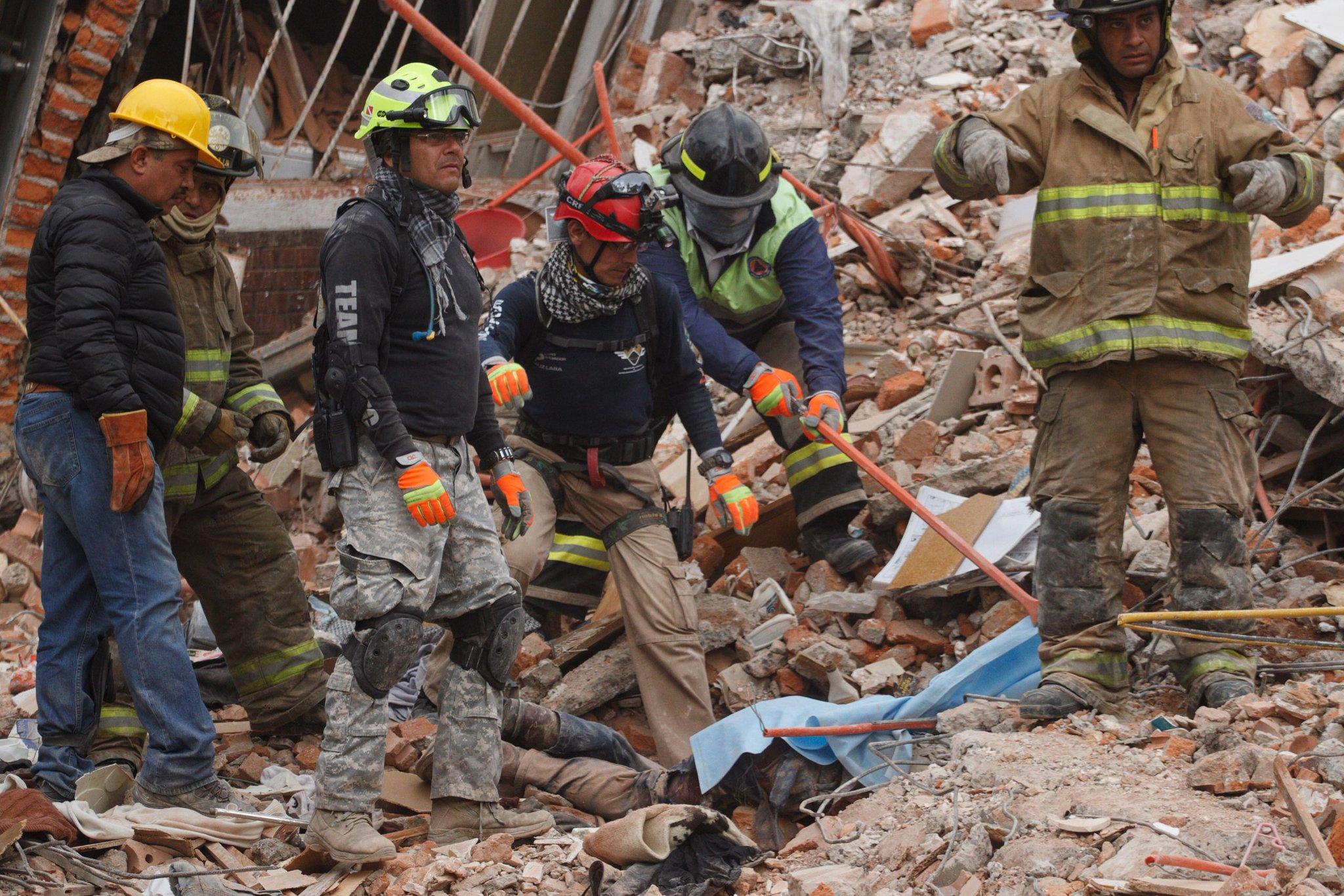 Tras el #sismo, ¿cómo manejar el miedo y la angustia?https://t.co/rCfz0fqyoG #FuerzaMéxico #SismoMx https://t.co/eRXmBMb6IS
