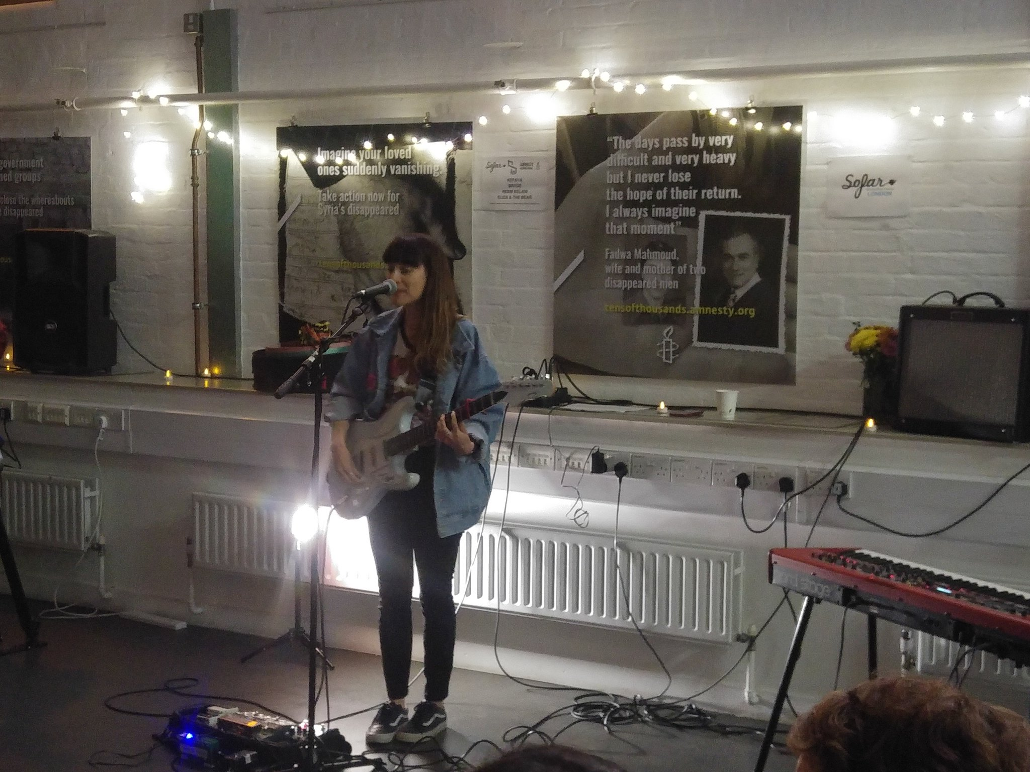 .@brydeofficial has us transfixed during her #giveahome set for #refugeecrisis  (and Hollyoaks IS cool) @sofarsounds https://t.co/YqdahlS3Z5