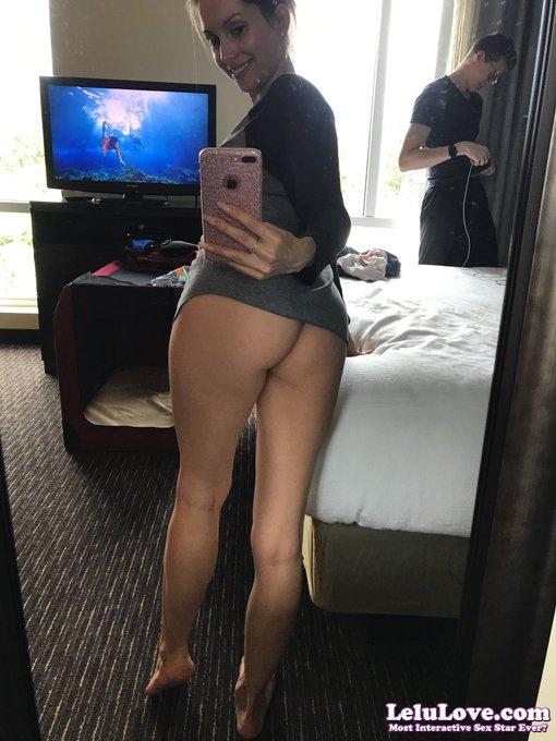 #Legs and #ass :) (join the fun here: https://t.co/lm1yXGN4ga ) https://t.co/Y7kJI0Qcqj
