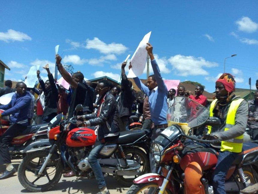 Samburu varsity students warn Jubilee over threats to judiciary