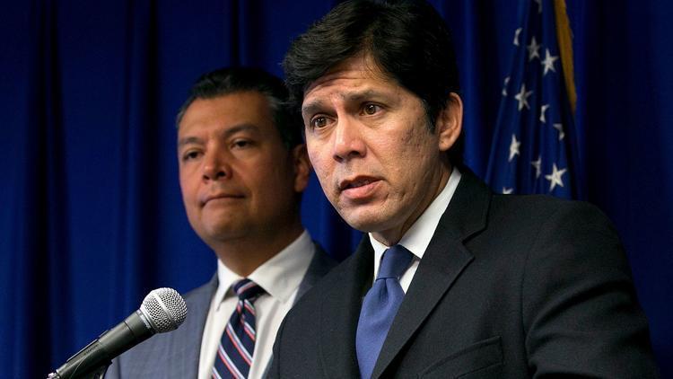 California Senate leader preparing for legal fight over 'sanctuary state' legislation