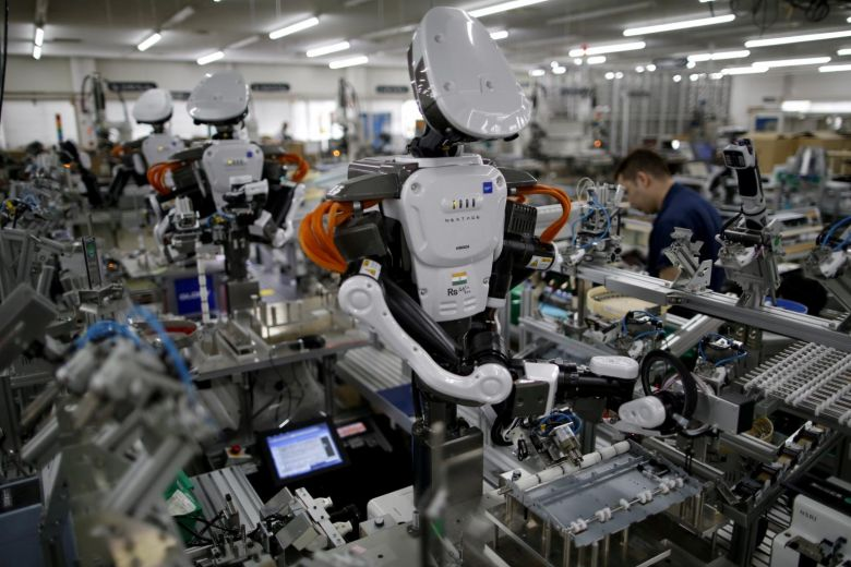 Rise of robot co-workers as new tech transforms factories