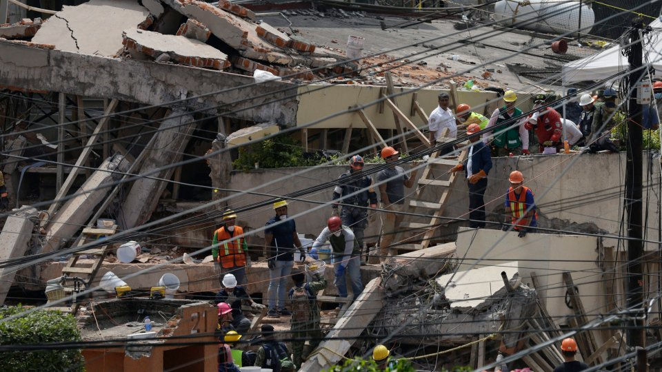 Boy recalls escape from Mexico City school after earthquake