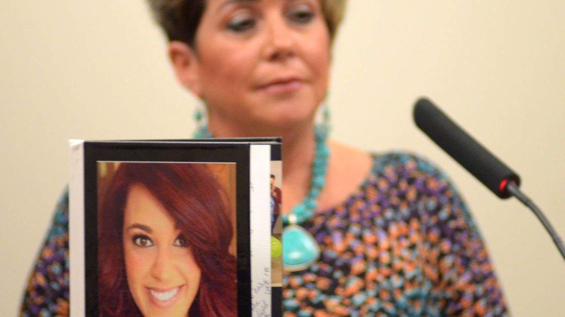 Forum focuses on handling grief of losing loved one to drug overdose