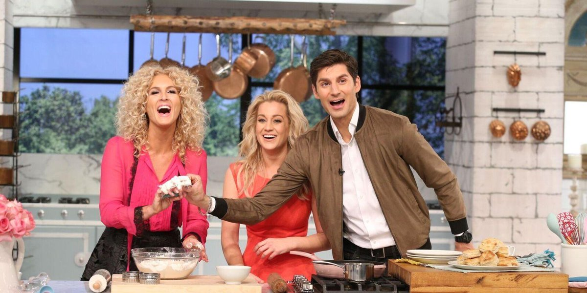 'Pickler & Ben' is more than a talk show