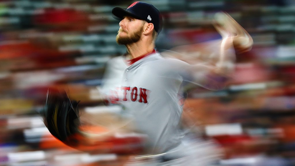 Chris Sale had 300 on his mind tonight. #LightsOut https://t.co/cOJ1EoFXlA