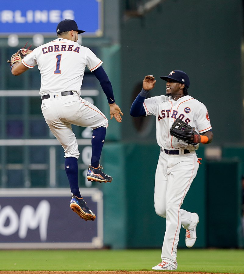 Get hot, stay hot.  @Astros have won six in a row. https://t.co/ydys57JwTO https://t.co/QPY3hB7Yas