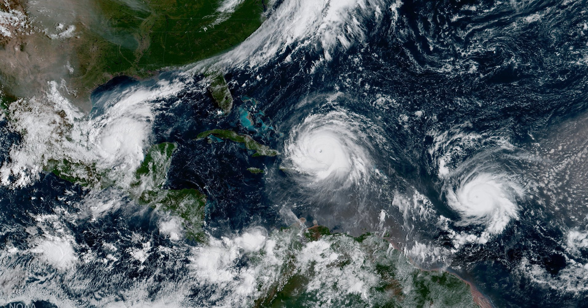 Let's not forget that scientists warned us it could be a nasty hurricane season https://t.co/ga2KfoFsq6 https://t.co/Sp9wubz6y7