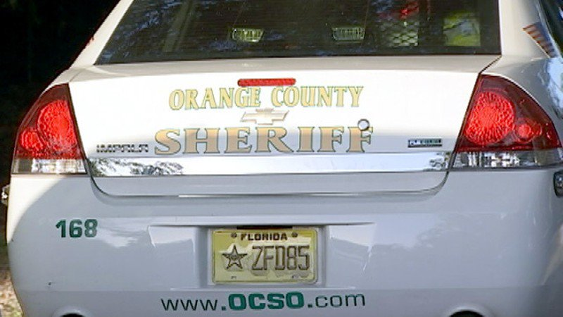 Sheriff's deputy arrested, accused of stealing cash, credit cards from crime scene