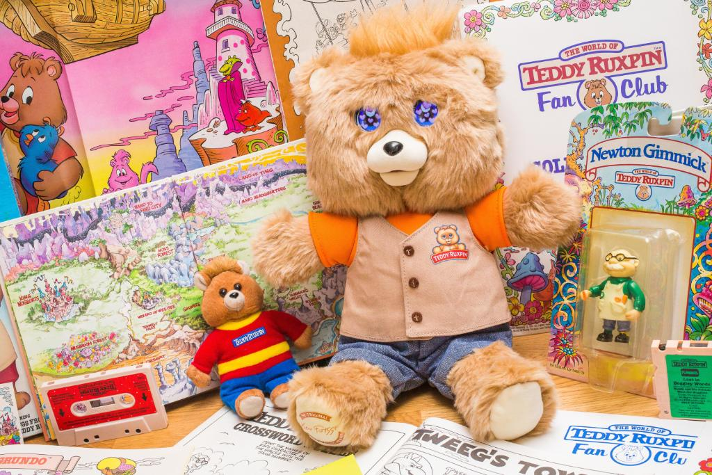 The life, death and resurrection of '80s phenomenon Teddy Ruxpin https://t.co/xcDy9OjyFS https://t.co/9R0hm1EHKD