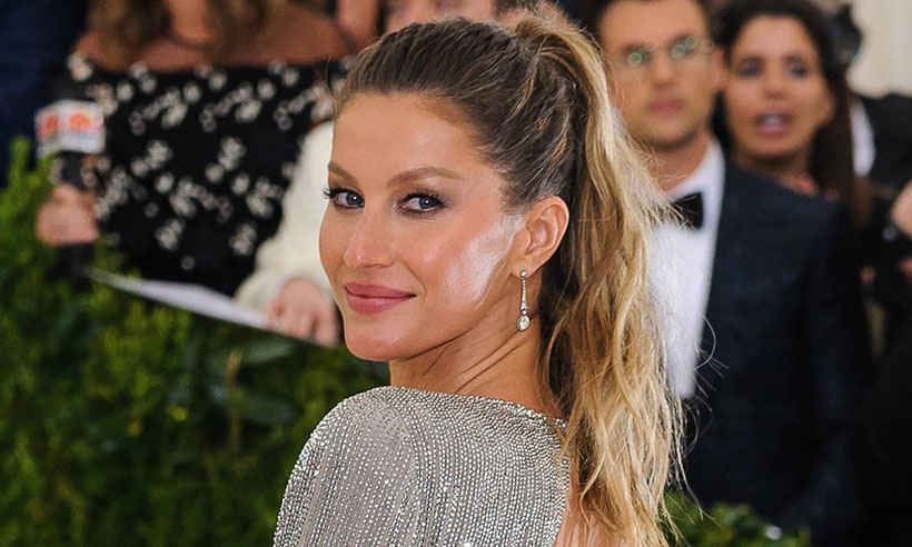 .@giseleofficial is going to receive an honour at the Green Carpet Fashion Awards: