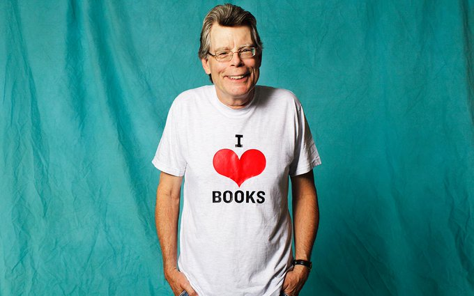 A huge happy birthday to the iconic Stephen King, who turns 70 today. Many happy returns, sir!