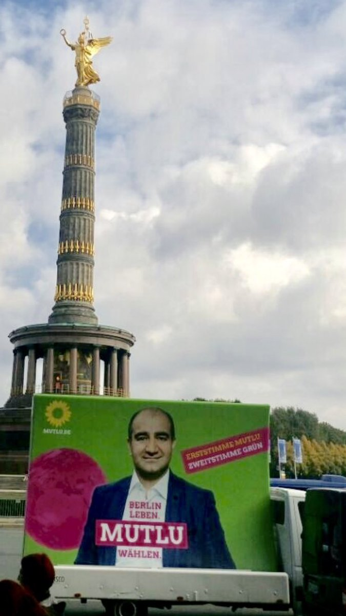 test Twitter Media - Unterwegs in Berlin-Mitte für #Erststimme Mutlu & #Zweitstimme Grün! Zukunft ist wählbar. #MutluDirekt #MutluFürMitte #BTW17🌻💚🌻 https://t.co/5D3UtBEE6T