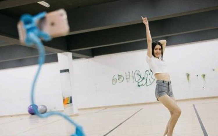 Chinese college offers classes on how to become an Internet celebrity