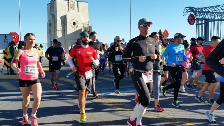 Runners' health was behind decision to cancel Montreal marathon, organizers say https://t.co/ks33b1x9s6 https://t.co/Bhlj8kYzmf