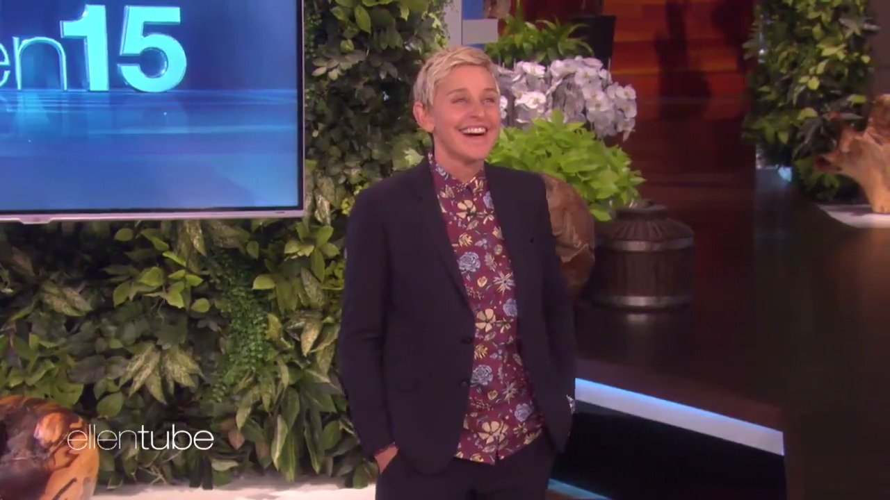 I answered my audience questions today, and now I wanna answer yours. Got a question for me? #AskEllen #ellen15 https://t.co/I1kd4zVFTt