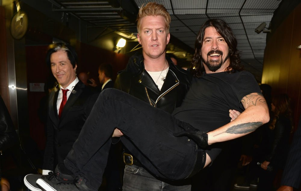 Foo Fighters and Queens of the Stone Age have announced a South American tour https://t.co/N8rRLGF8sF https://t.co/TJv7o0sJ7b