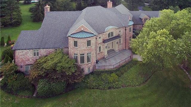 Tour some of the most expensive homes that just hit the St. Louis market