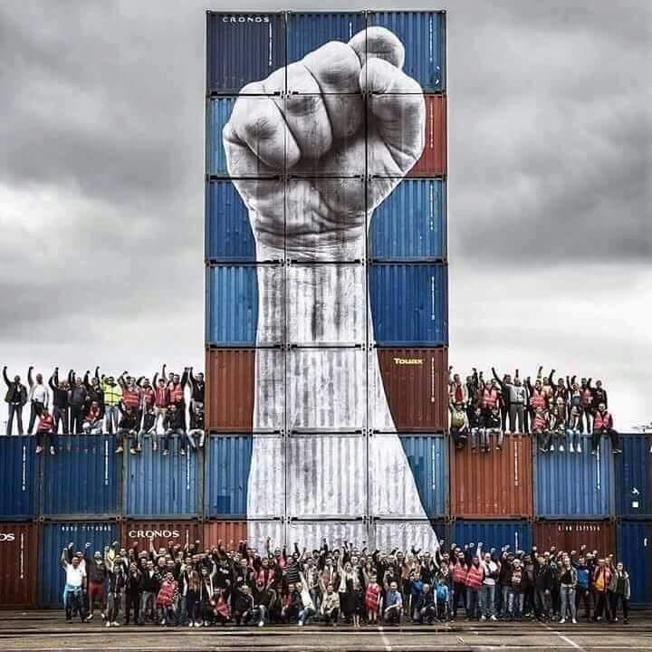 RT @quimarrufat: Portuaris, us estibem mogollón #gràcies #SensePor https://t.co/p79mEW5kuX
