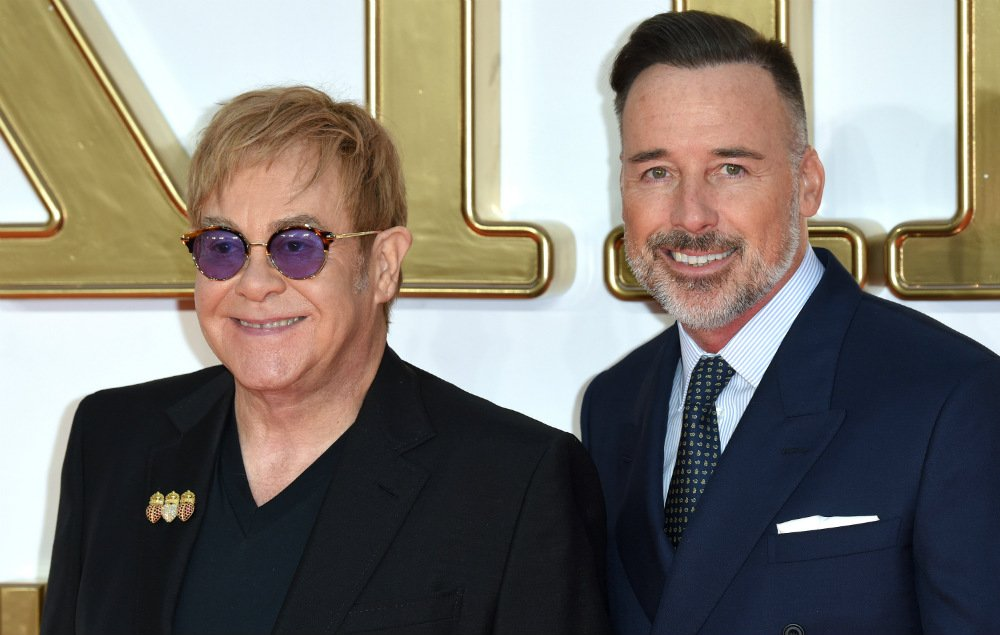 Elton John calls on Australians to legalise gay marriage https://t.co/eotMvmHTck https://t.co/7xwnYJoaNj
