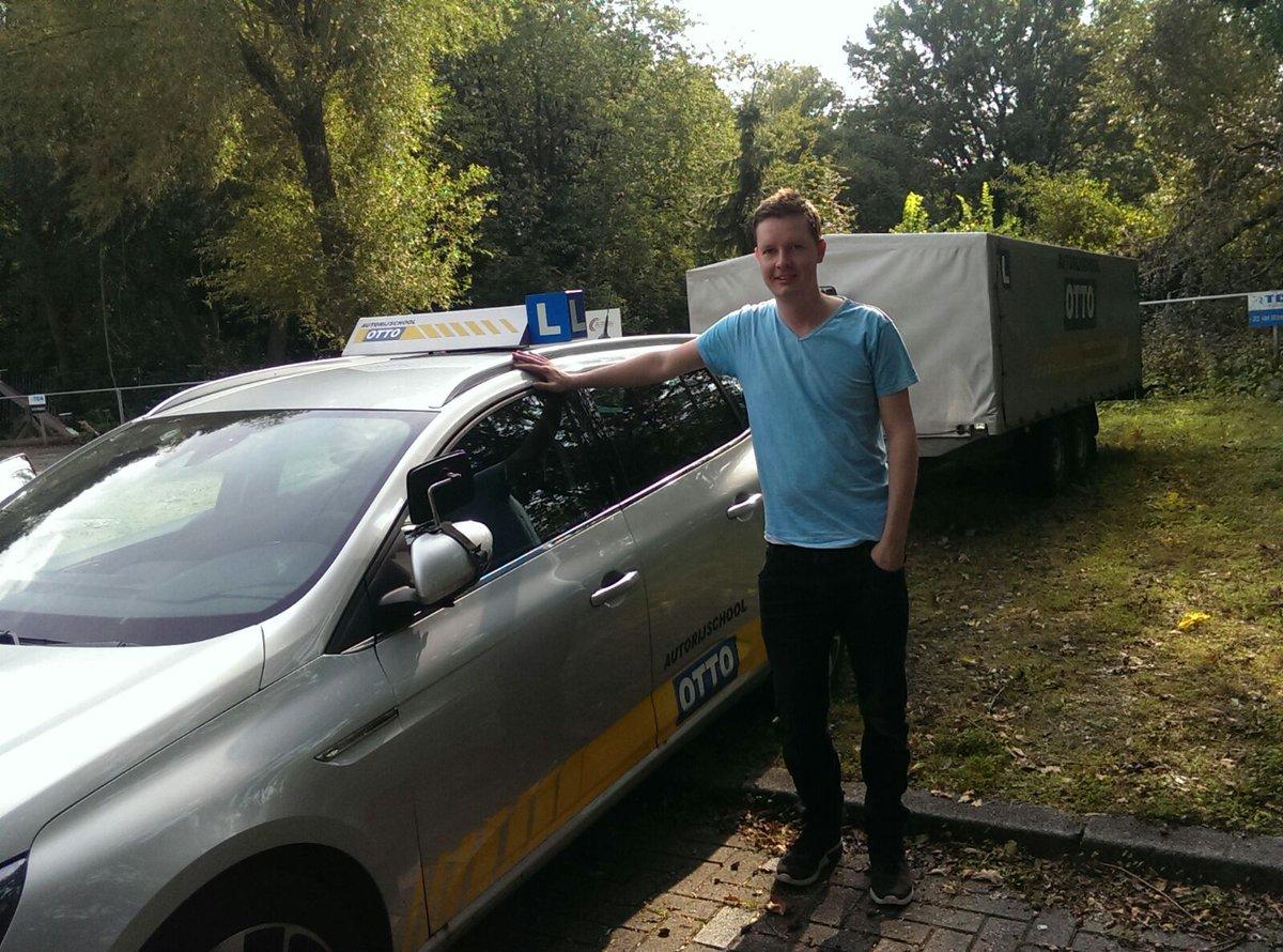 test Twitter Media - Martijn de Vries van harte gefeliciteerd met het behalen van je BE rijbewijs. Veel veilige kilometers gewenst. https://t.co/vvkpu64Tic
