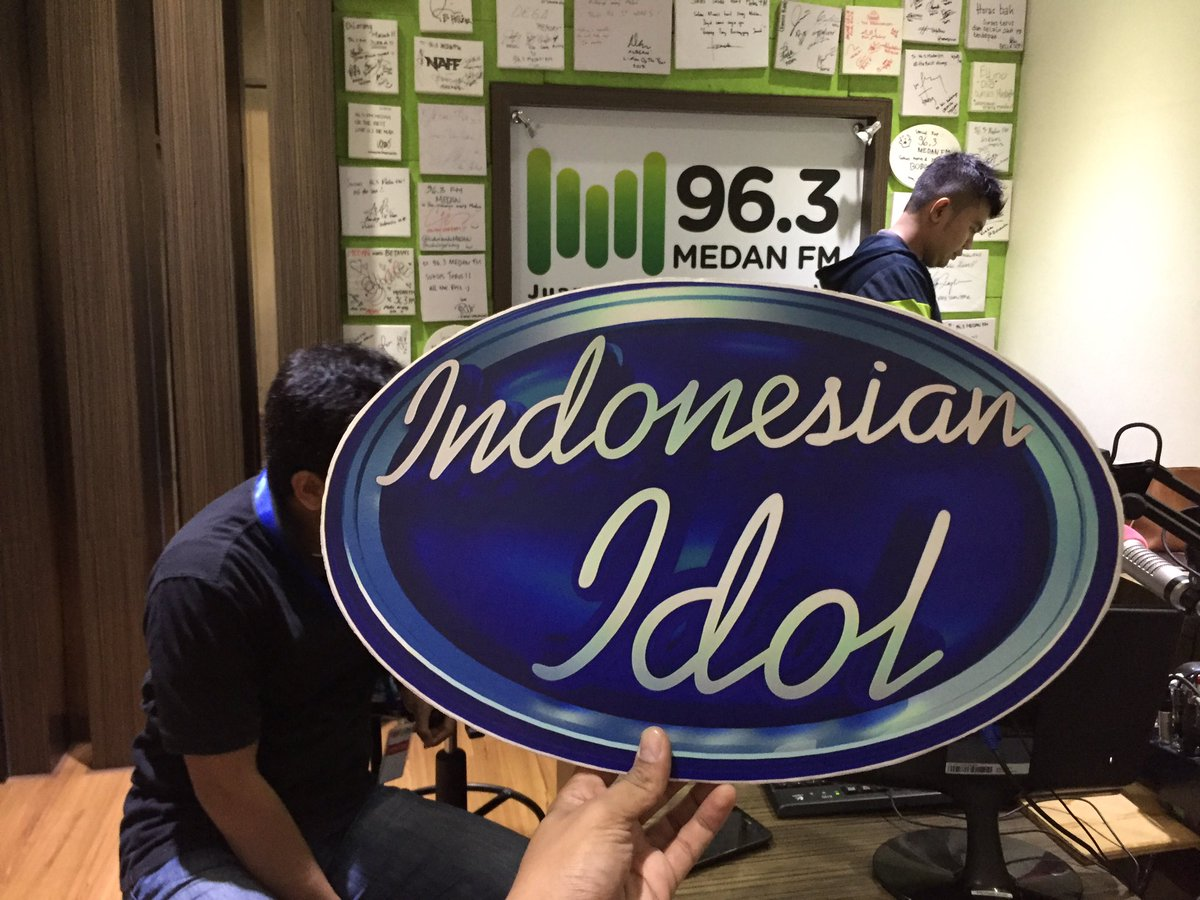 #IdolisBack